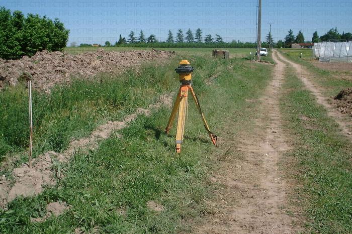 Guide laser pour le terrassement